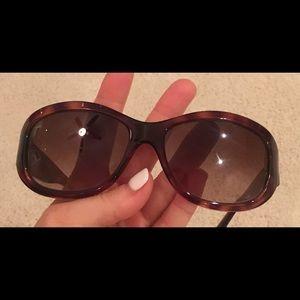 Fendi tortoise shell sunglasses